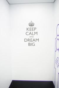 写真:KEEP CALM AND DREAM BIG